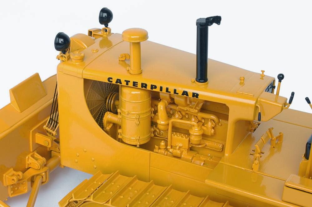 Memorable Model: Caterpillar D8H - Classic Construction Models