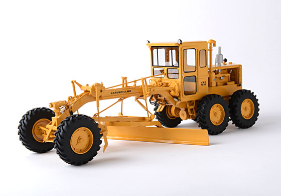 Cat Scale Model Toys
