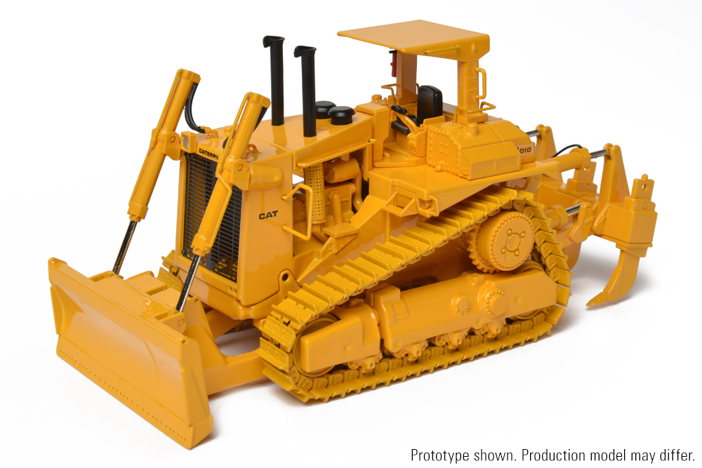 Cat 2 Blade : Cat d track type tractor with push blade die