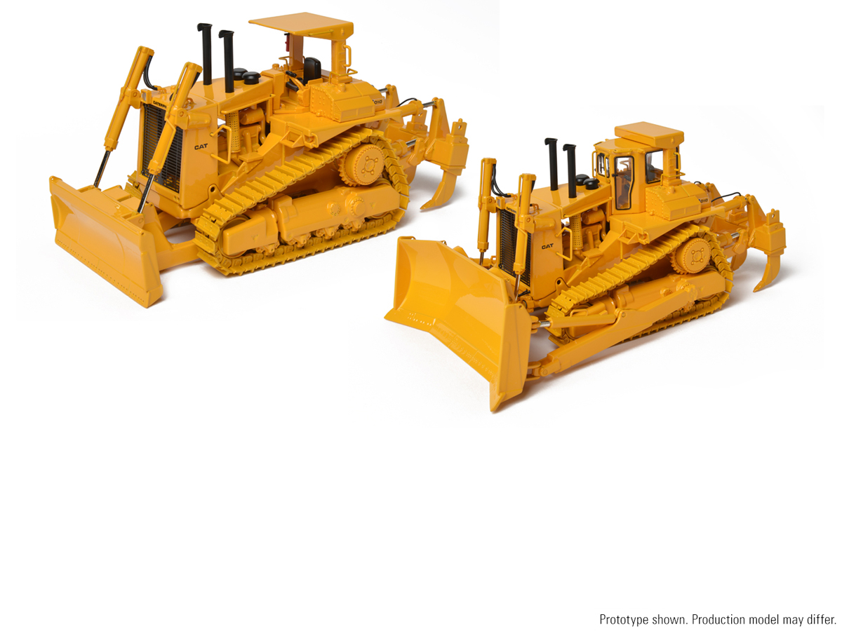 New Samples: Cat®D10 U-Blade with Ripper and D10 Push with
